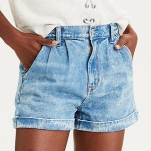 American eagle mom jean shorts